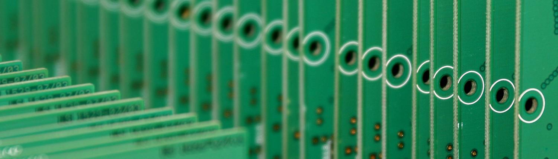 Titelbild SMD Bestückung elektronischer Flachbaugruppen